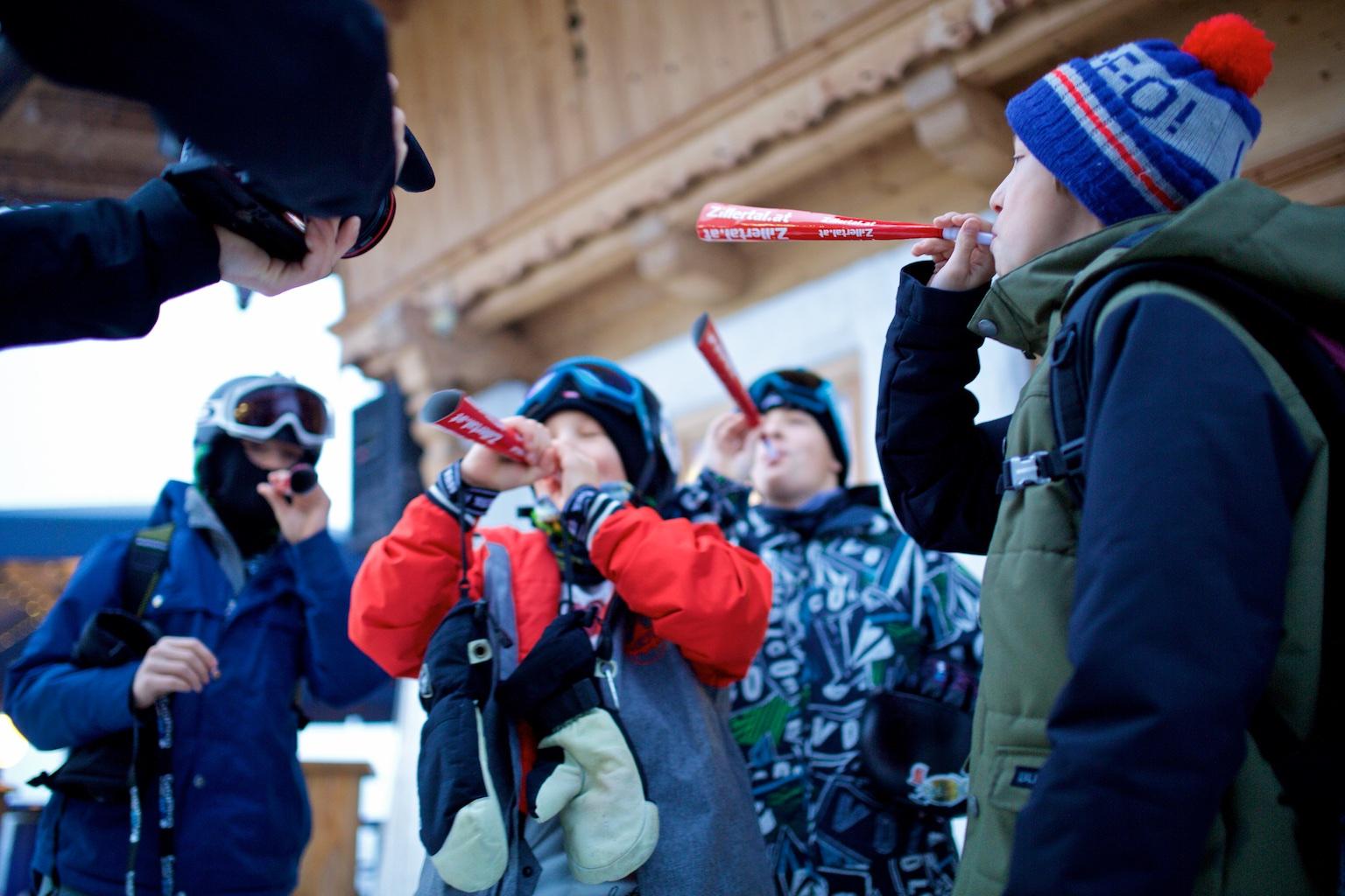 Zillertal VÄLLEY RÄLLEY hosted by Ride Snowboards 2015 / 2016 Startschuss im Betterpark Hochzillertal
