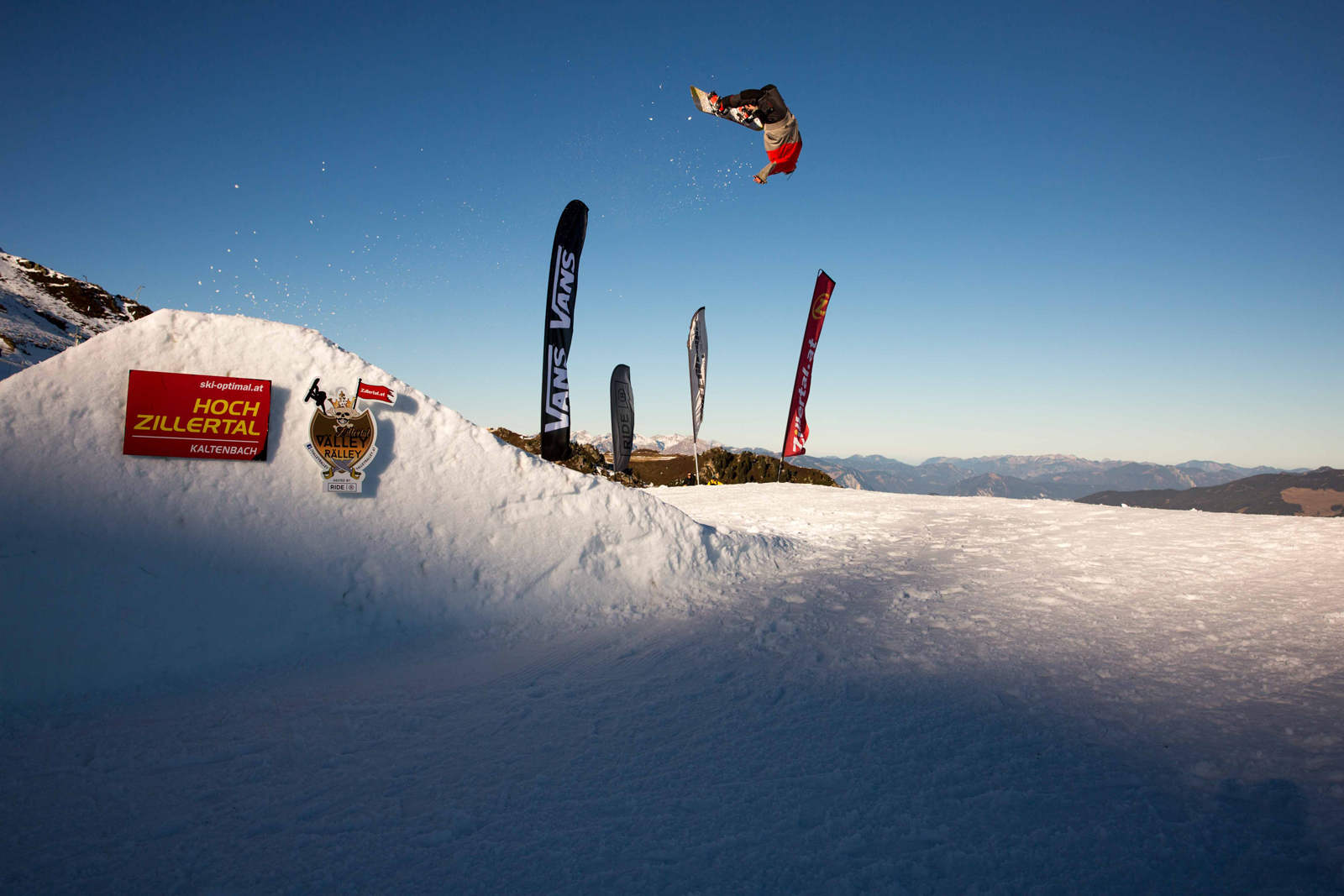 Zillertal VÄLLEY RÄLLEY hosted by Ride Snowboards 2015 / 2016 - Foto: Matt McHattie