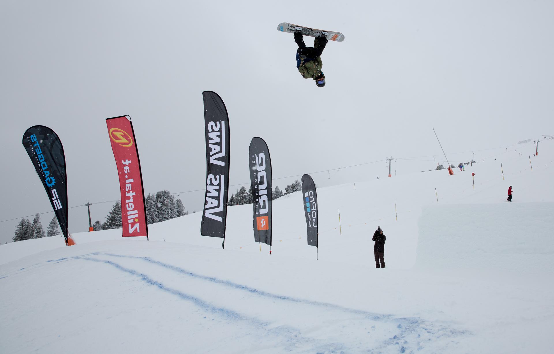 2. Tourstop Zillertal Arena - Snowpark Gerlos - Rider: Linus Birkendahl - Foto: Matt McHattie