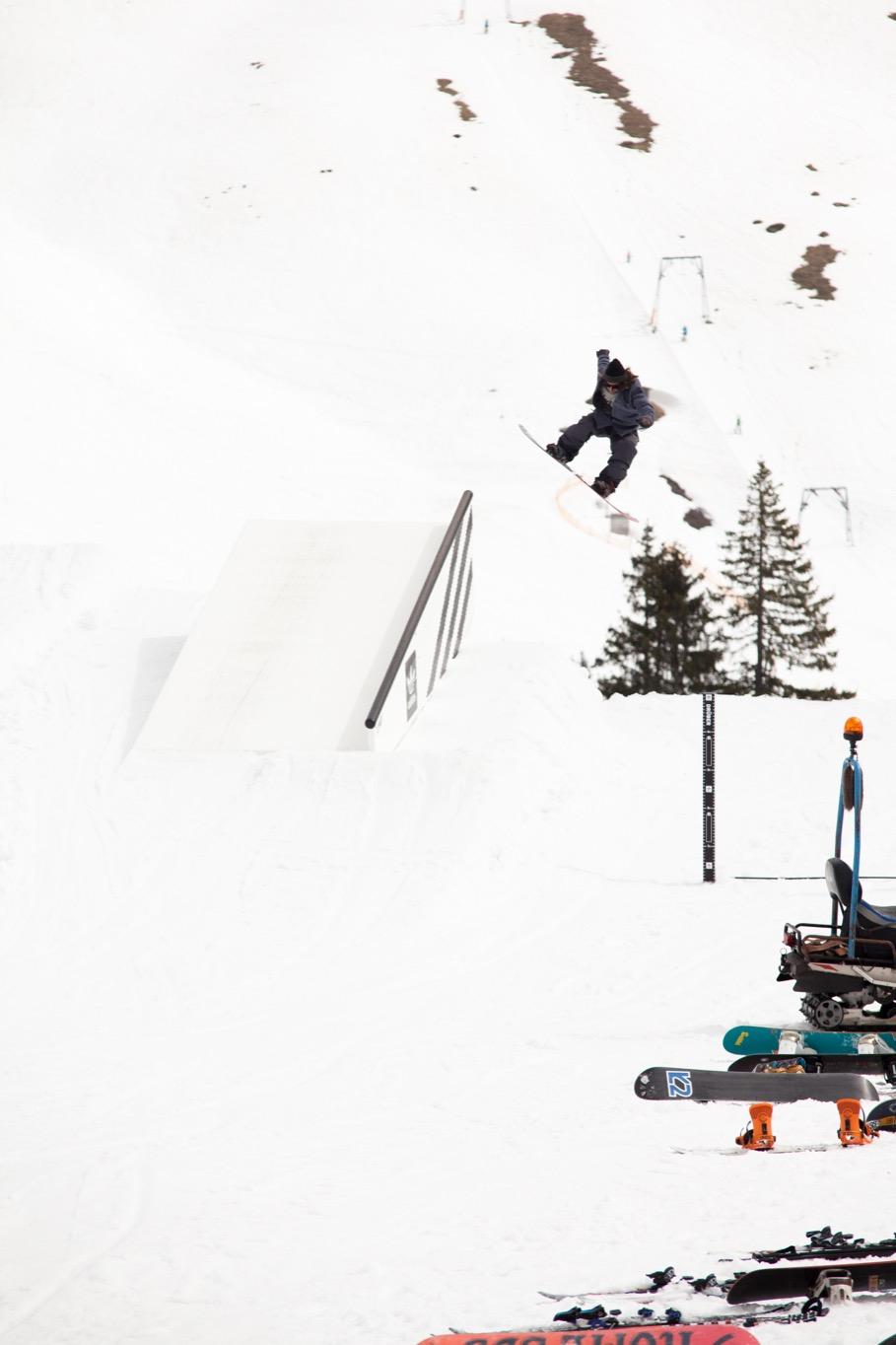 Zum Abschluss der Saison wurde nochmal richtig gesendet im Snowpark Grasgehren - Foto: David Lis