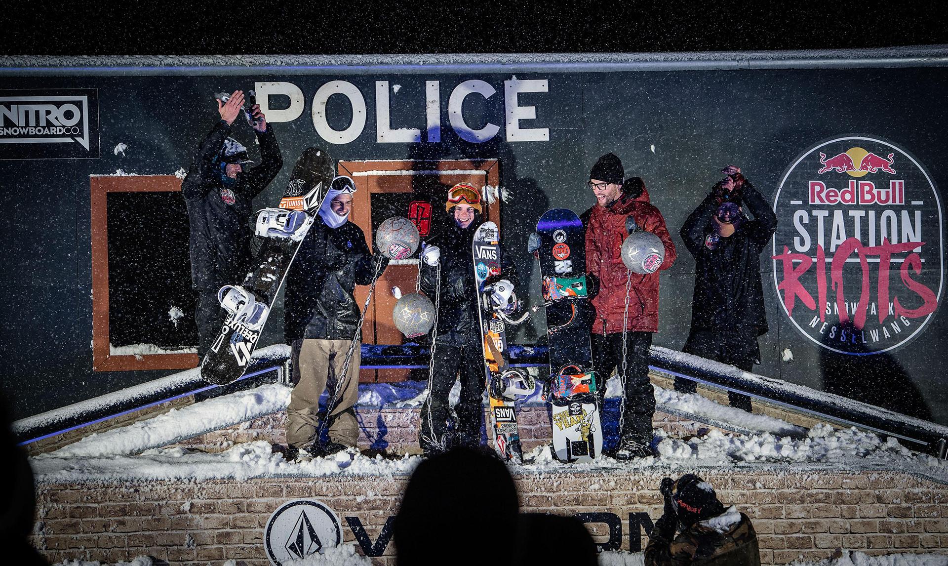 Die drei Gewinner der Station Riots: Simon Pircher, Kevin Trammer und Ziga Rakovec - Foto: Marcel Laemmerhirt