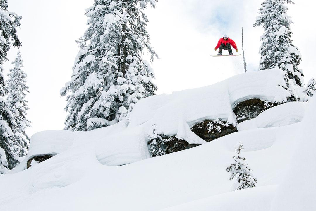 Prime-Snowboarding-Magazine-Different-Direction-Joris-Doorn-Halfcab-Arlberg-Theo-Acworth