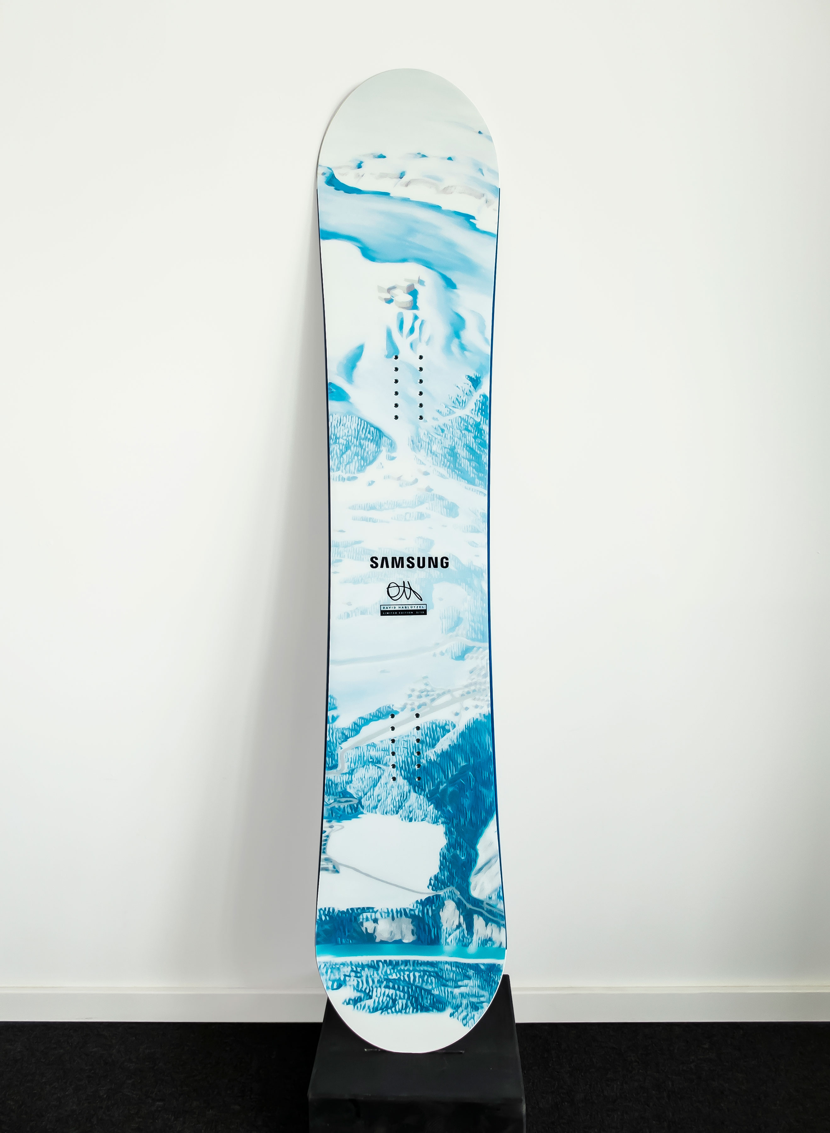 Prime-Snowboarding-Magazine-David-Habluetzel-Board-Top