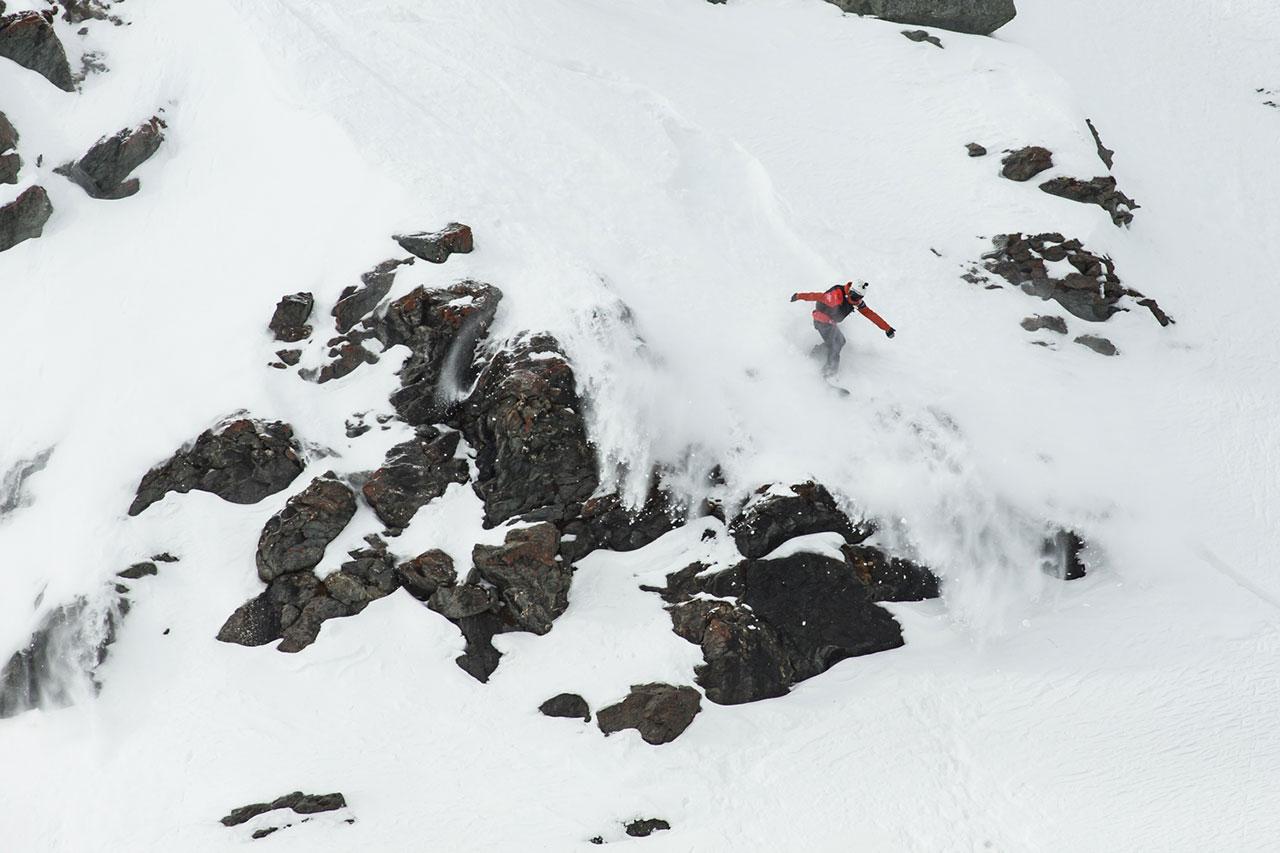 Prime-Snowboarding-Magazine-Estelle-Balet-FWT-DDaher-Lawinenunglück