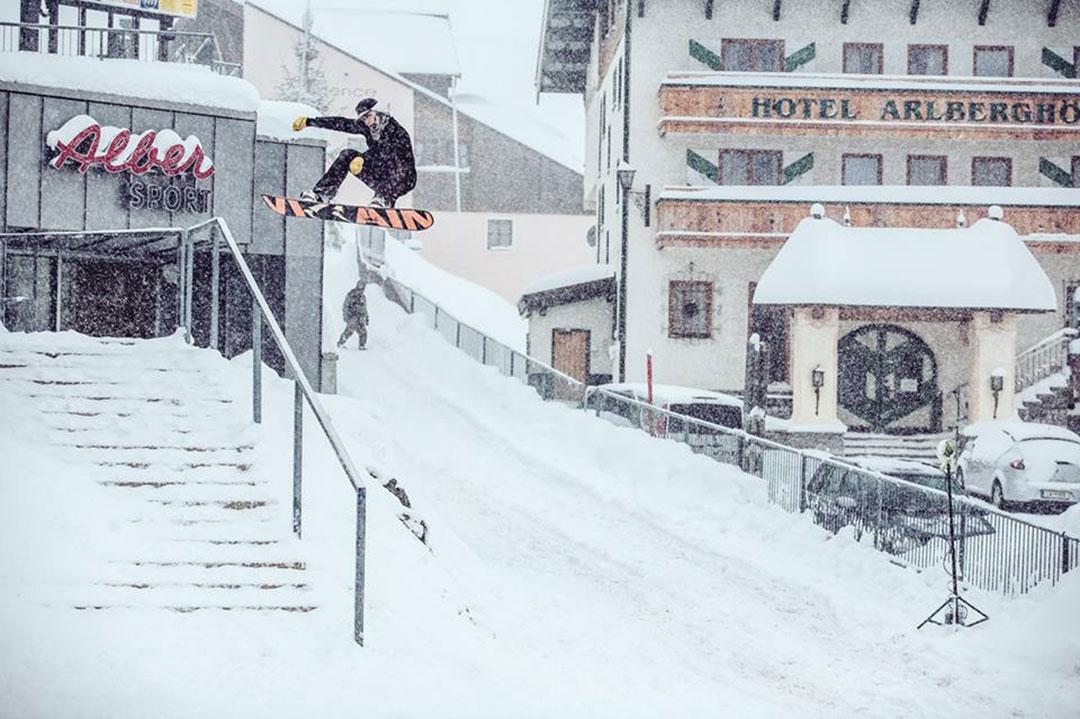 Prime-Snowboarding-Magazine-Mixtape-Flo-Corzelius
