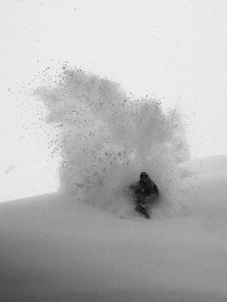 Prime-Snowboarding-Magazine-Mixtape-Sebi-Geiger_Slash_Arlberg_TheoAcworth