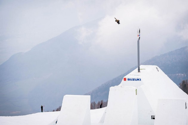 Prime Snowboarding Suzuki Nine Knights
