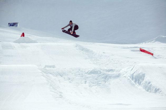 Prime-Snowboarding-Magazine-Turnin-Tumblin-Flo-Thaler-2-by-Flo-Trattner