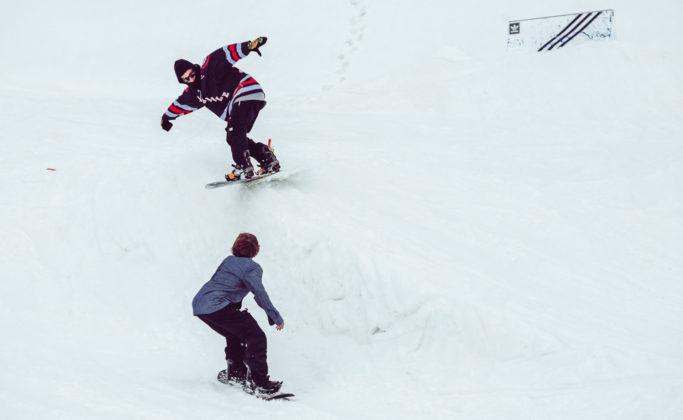 Prime-Snowboarding-Magazine-Turnin-Tumblin-Max-G-Thomas-Hoerhager-by-Flo-Trattner