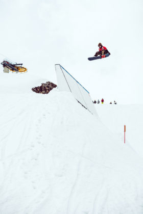Prime-Snowboarding-Magazine-Turnin-Tumblin-Michi-Schatz-2-by-Flo-Trattner