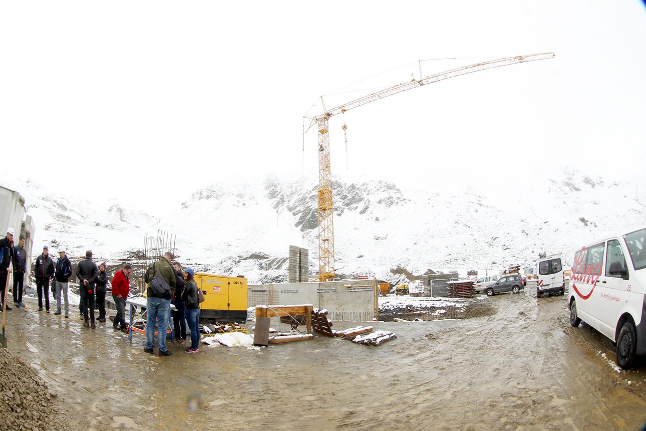 Die Baurabeiten sind schon in vollem Gange |© Hochfügen/Roman Potykanowicz