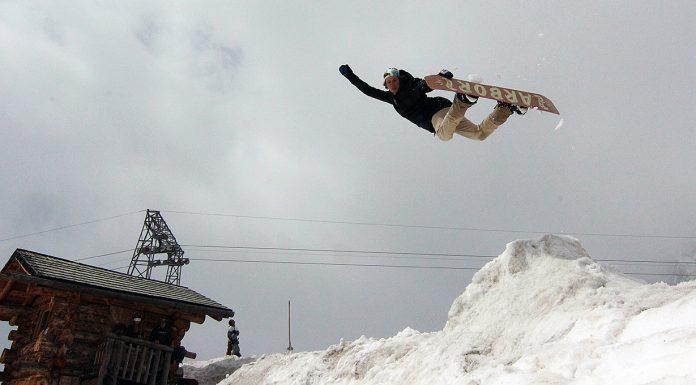 Prime-Snowboarding-Mark-Deubzer-01