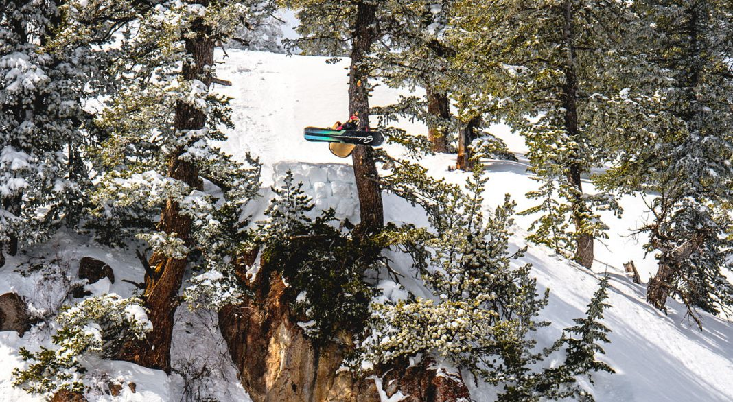 prime-snowboarding-06-trick-of-the-month-bode-merrill-ethan-fortier-01