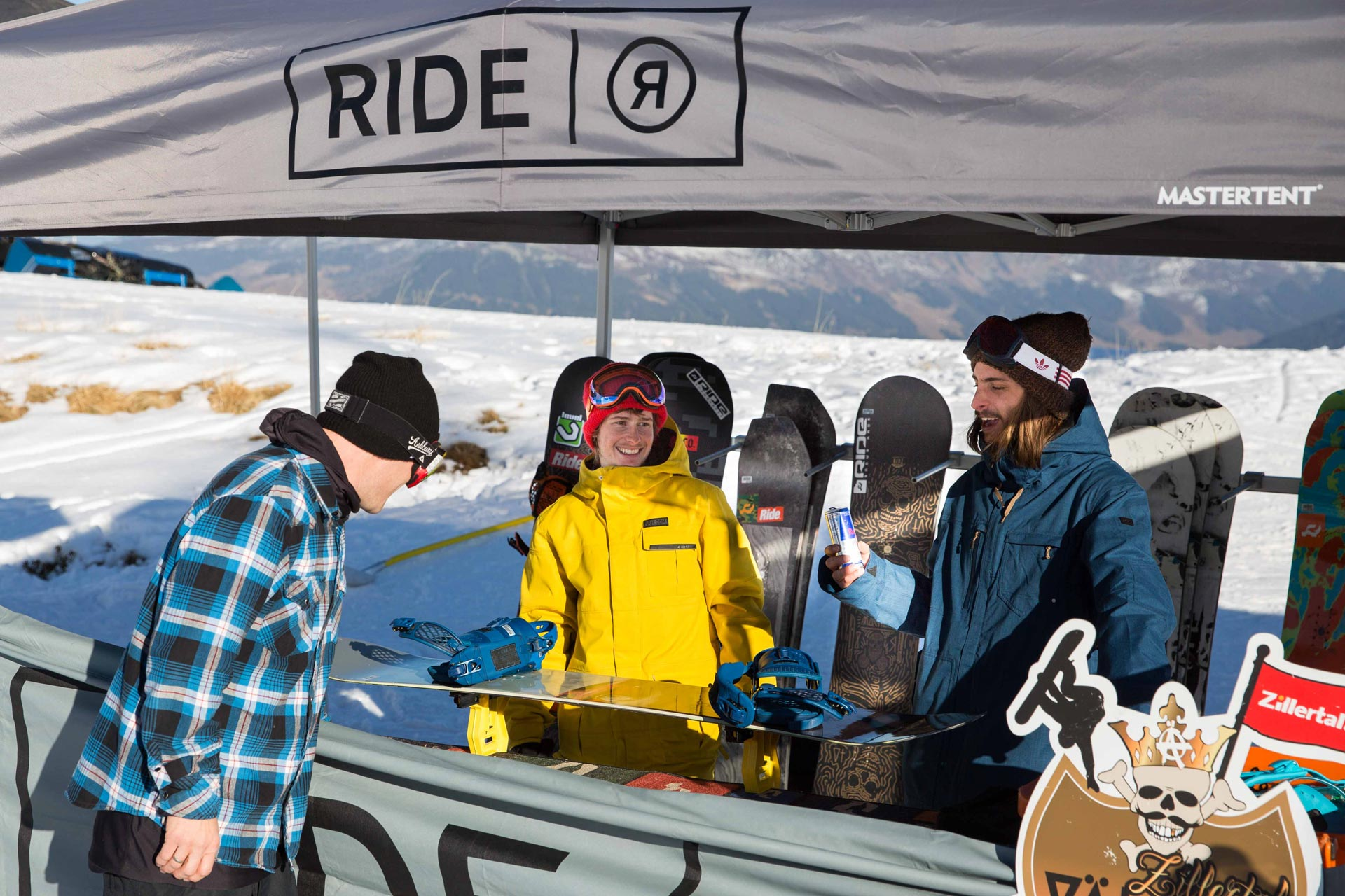 Ride Snowboards ist ebenfalls wieder vor Ort und versorgt euch mit Material - Foto: Matt McHattie