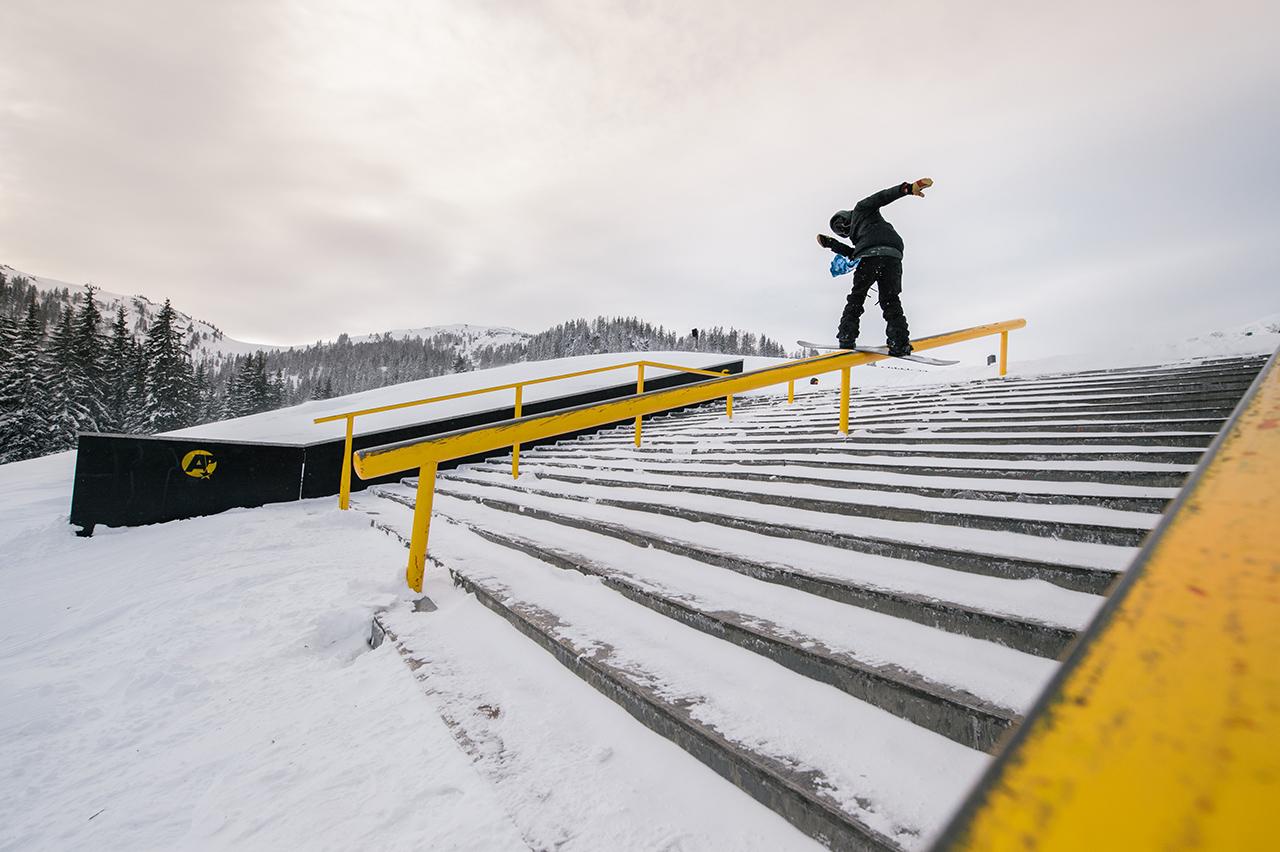 Jeremie Unterberger hat die Judges mit seinen Skills am Stairset überzeugt und es nach ganz oben aufs Podest geschafft | © Absolut Park