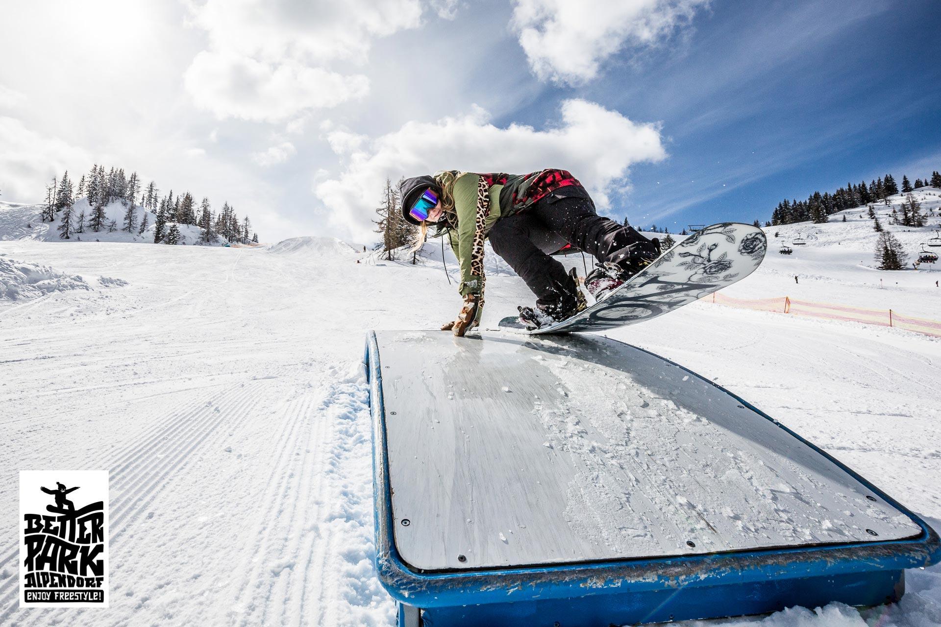 Der betterpark Alpendorf hält auch für komplette Freestyle Neulinge das passende Angebot bereit, aber auch fortgeschrittene Fahrer werden mit dem Setup glücklich sein - Foto: Gert Perauer