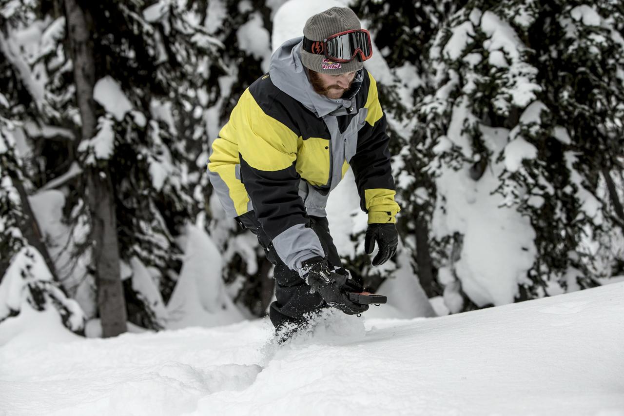 Auch Pat Moore trainiert mit seinem LVS | © Red Bull Content Pool
