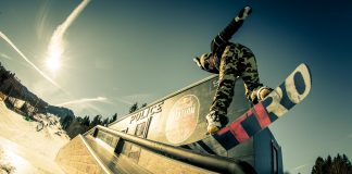Street-Snowboarder übernehmen Nesselwang - RB Station Riots - Foto Red Bull Content Pool