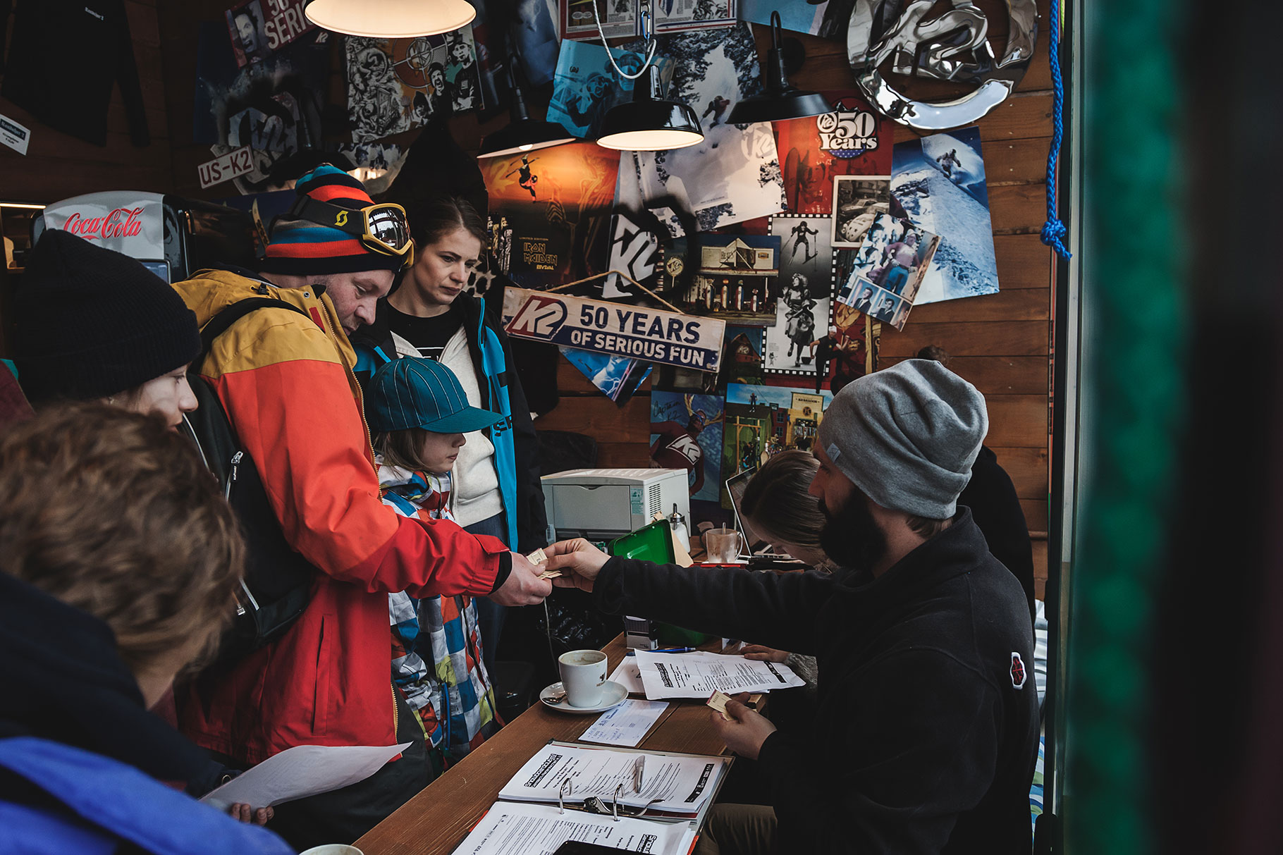 Anmeldung ausgefüllt? Dann ab auf den Kurs! | © Snowboardclub.me/Johannes Deuschl