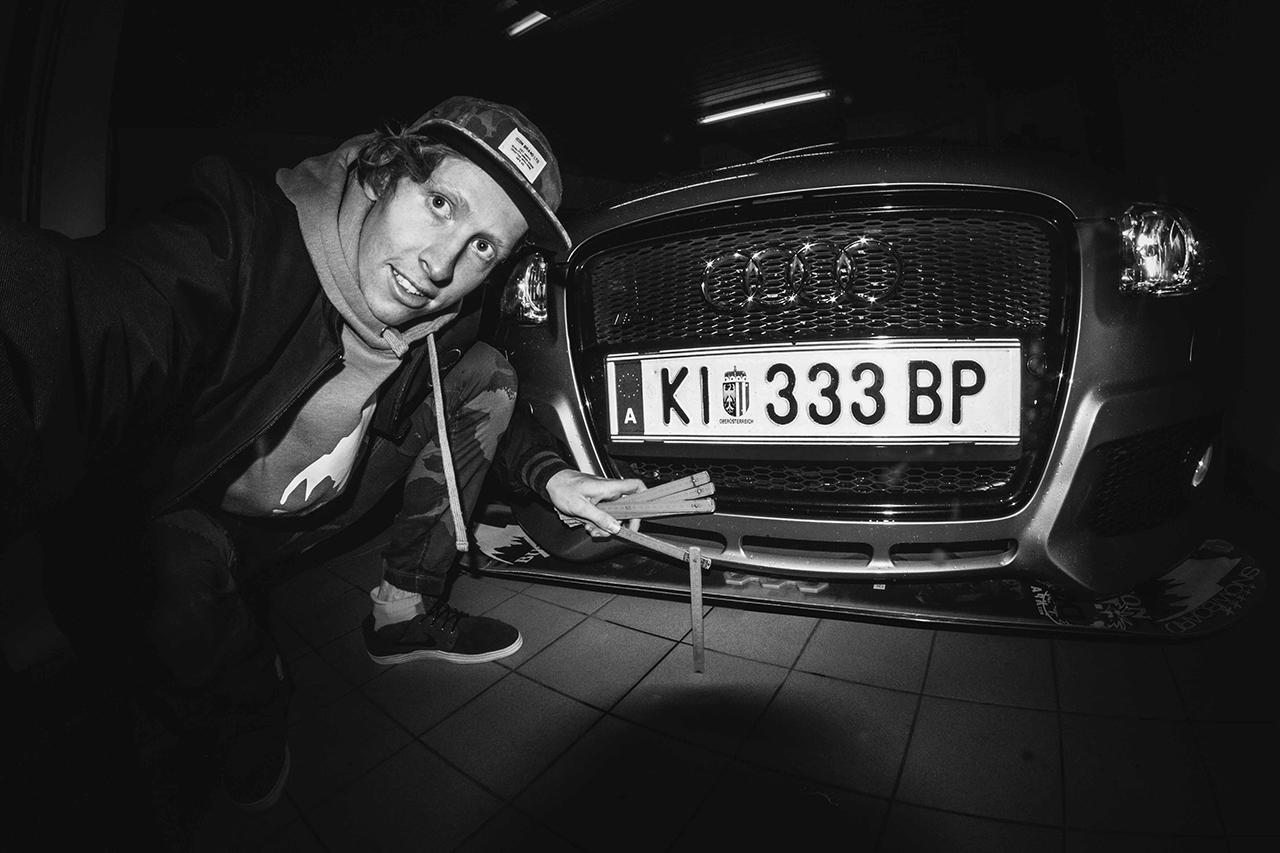 Clemens und sein geliebter Audi | © Clemens Millauer