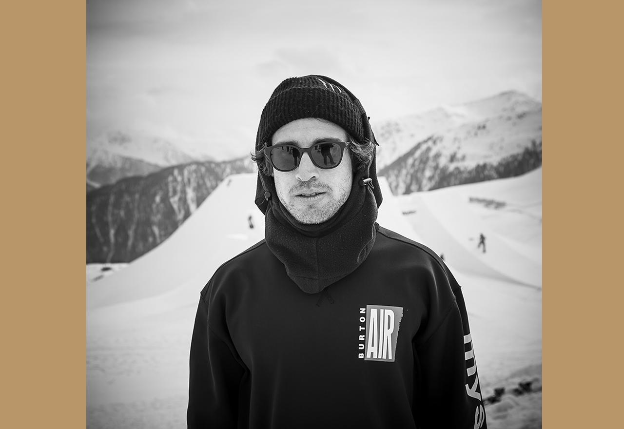 Halfpipe-Enthusiast und Snowboard-Ästhtet: Christian Haller | © Nine Knights/David Malacrida