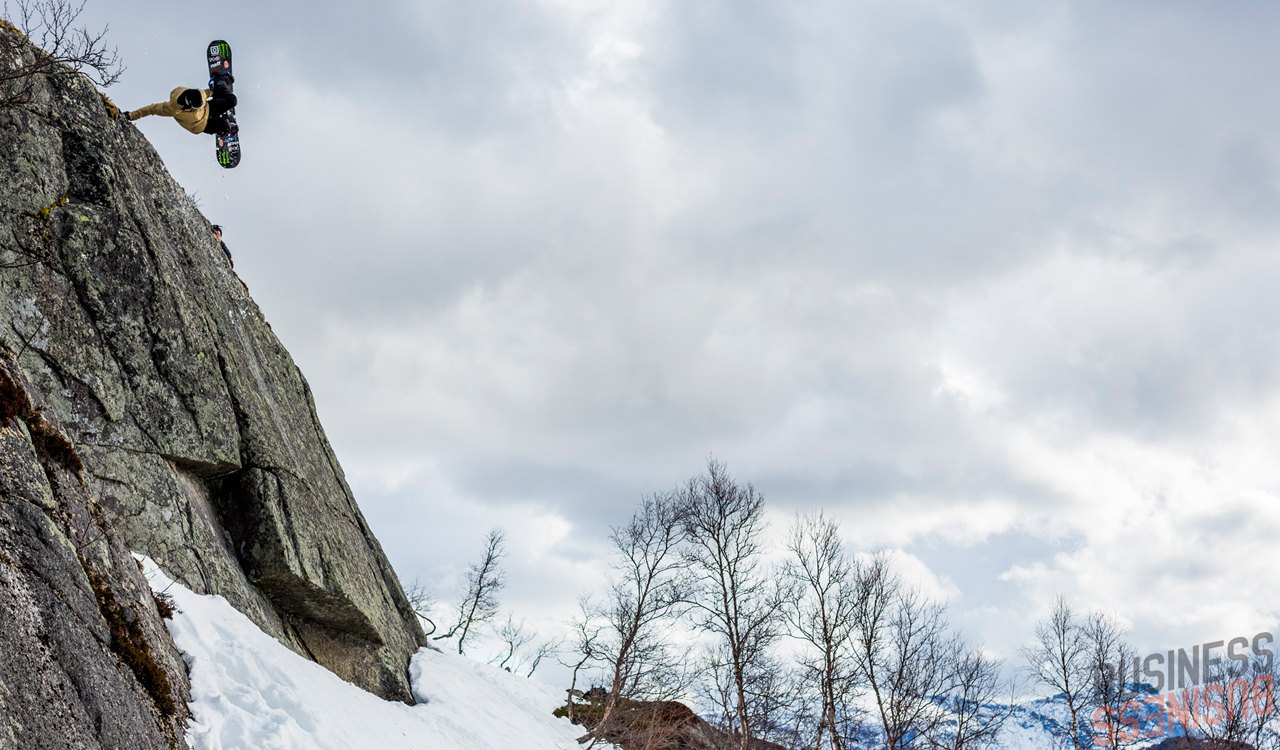 Diesen Spot hat Eikis Pro Model nur knapp überlebt und trug einige tiefe Kerben im Belag davon | © Cyril Müller