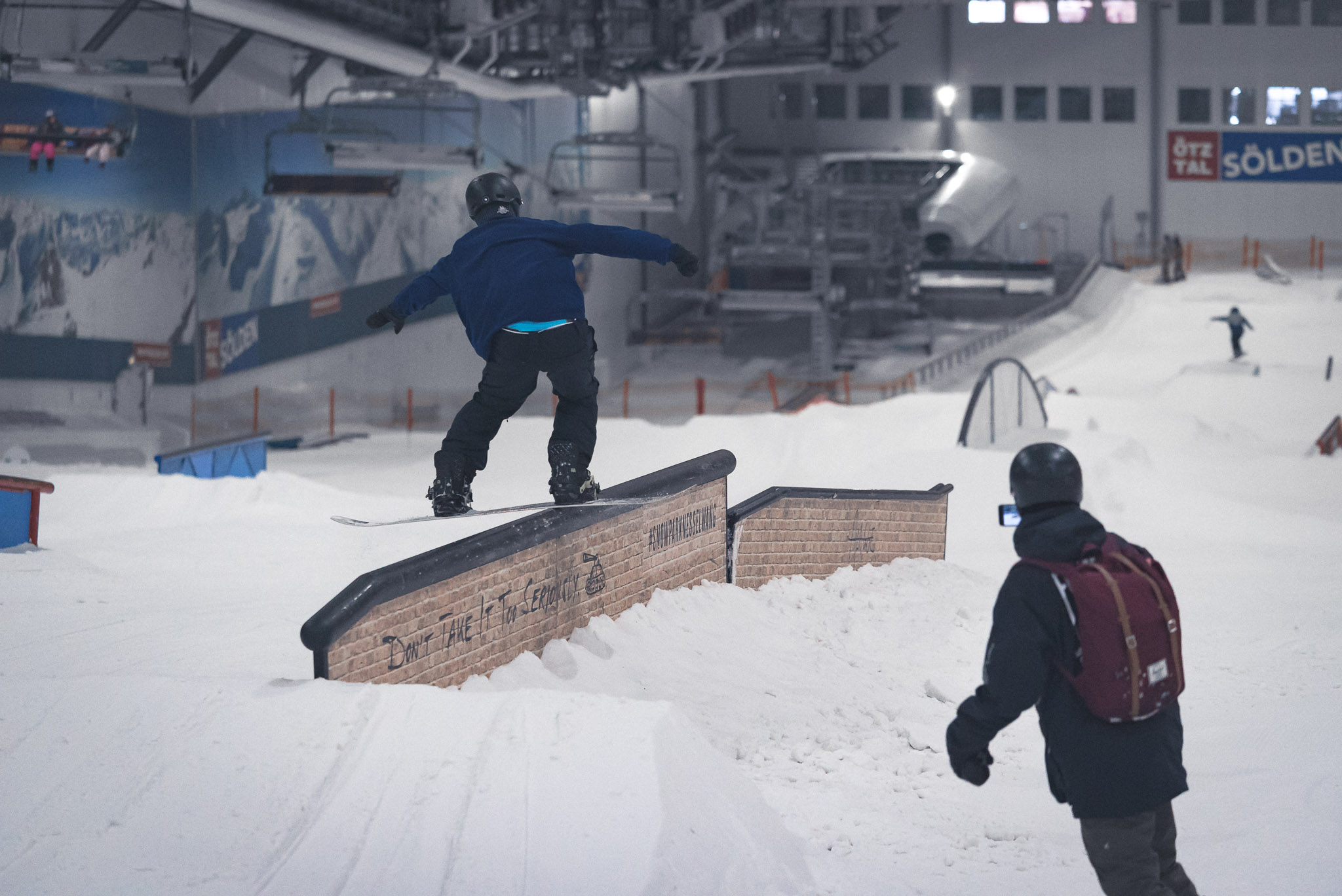 Vor allem für Jibber eine prächtige Beschäftigung im Sommer: Der Rail Park im Snow Dome Bispingen
