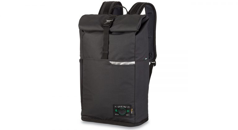 Der surf-inspirierte Aesmo Section Wet/Dry 28 Liter | © Dakine