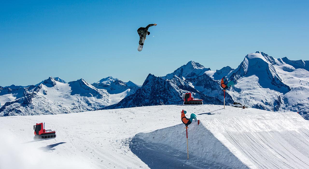 Prime-Snowboarding-Hintertux-Opening-01