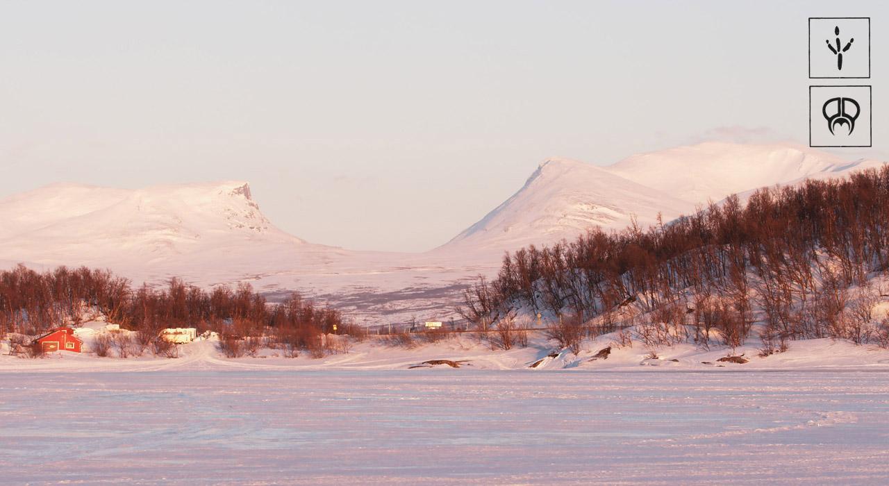 Wer schon mal im Norden Schwedens war, kennt diesen Anblick. Die größte Halfpipe der Welt | © PMP