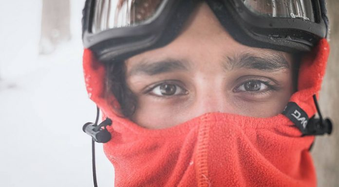 Prime-Snowboarding-Sparrow-Knox-Dakine-03