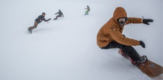 Prime-Snowboarding-elooa-Carving-01