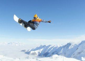 Danny Davis nimmt die Halfpipe am Kitzsteinhorn auseinander