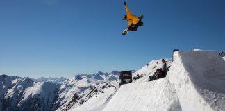 Prime-Snowboarding-Banked-Air-01