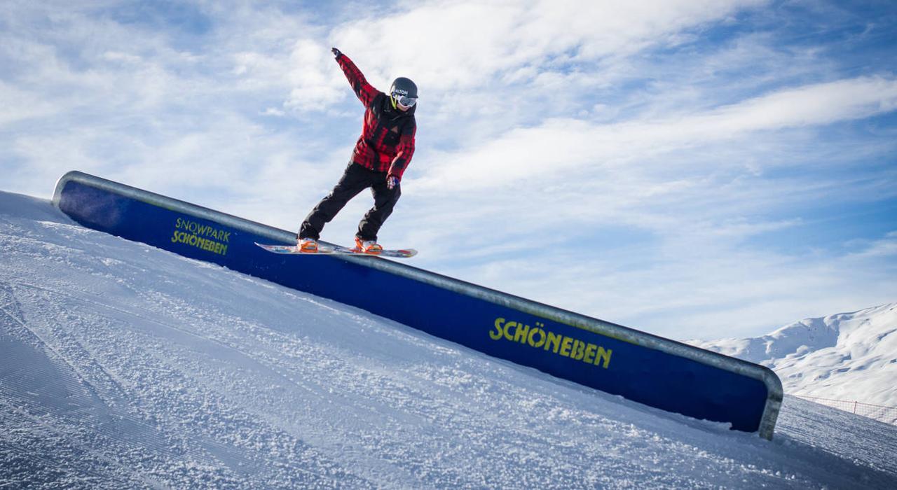 Perfekte Bedingungen dank massiv Schneefall erwarten euch im Snowpark Schöneben |©QParks/Felix Pirker