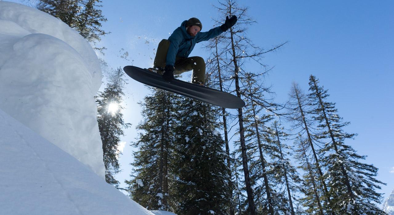 Ben Dietermann auf seinem Konvoi Snowsurfer |©Danny Strasser