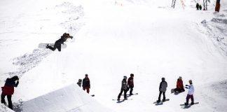 Prime-Snowboarding-Nikita-Girls-Who-Ride-Shred-Unit-01