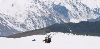 Prime-Snowboarding-Goodbye-Horses-01