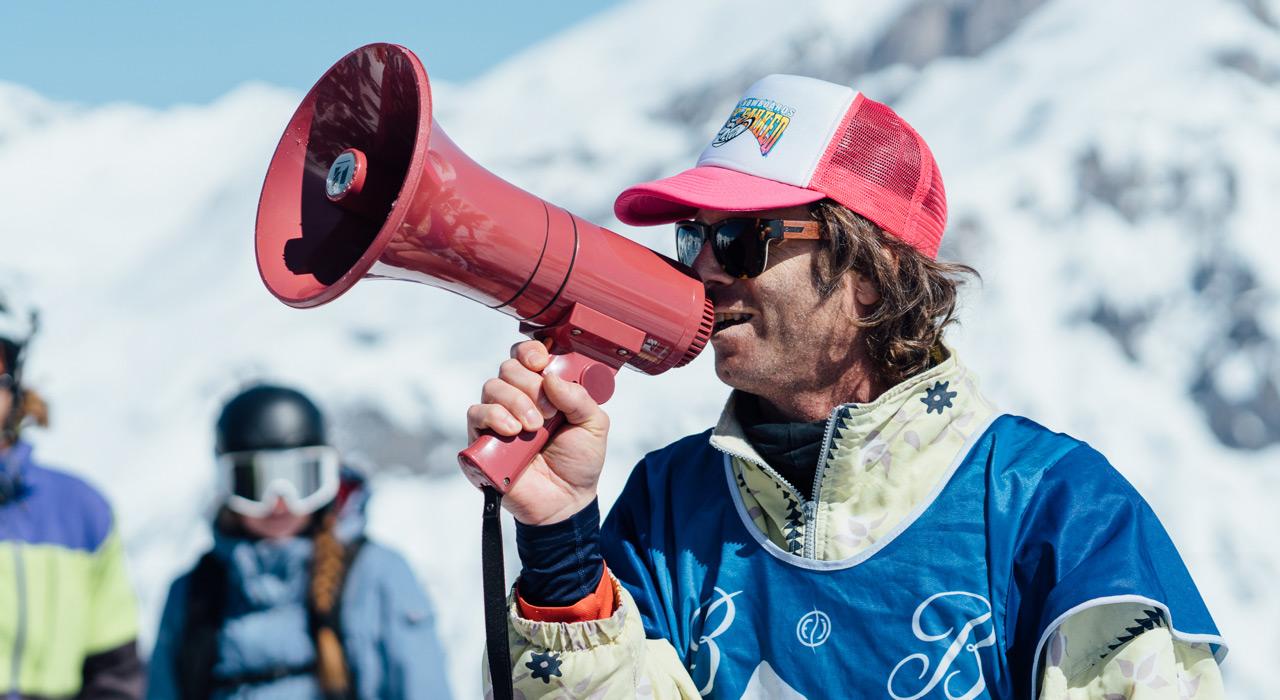 Muck Müller hält die Massen informiert und bei Laune |©Sam Oetiker