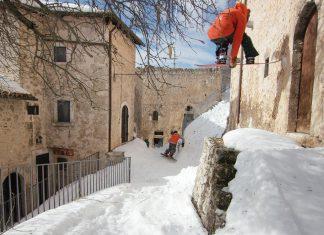 Gigi Rüf & Elias Elhardt unterwegs in Italien   Top 10 Snowboard Movies