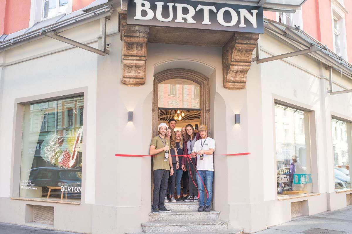 Das neue Burton-Shop-Team erwartet euch ab sofort in der Anichstraße 13 |©Burton