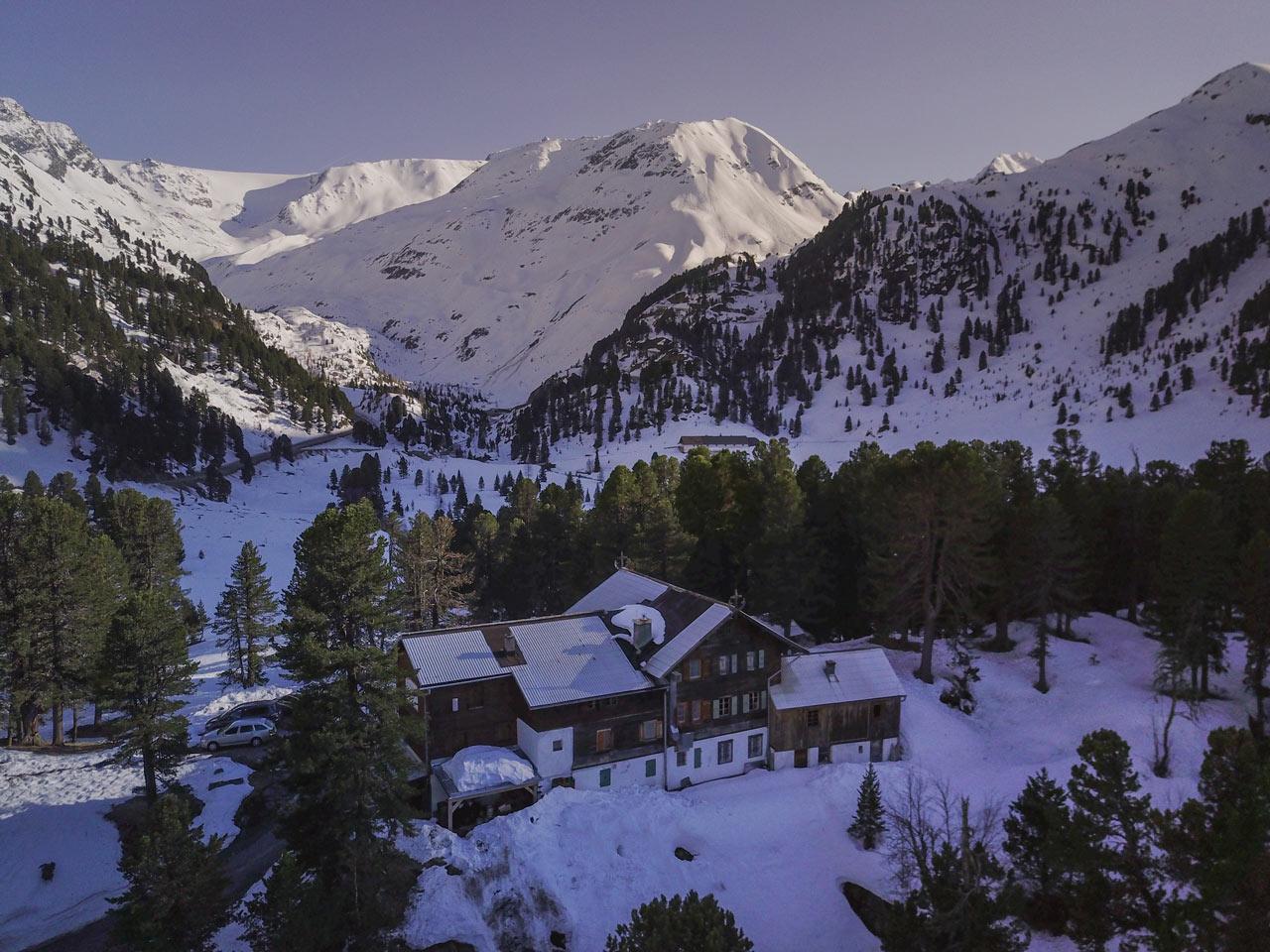 Das Gepatschhaus, die älteste Alpenvereinshütte Österreichs |©The Choice/Domi Tauber