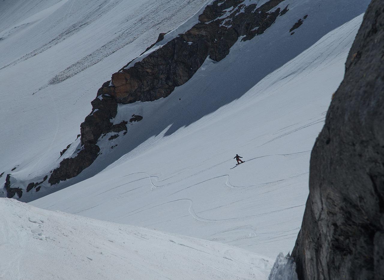 Für so einen Run ins Tal lohnt sich jeder erarbeitete Höhenmeter |©The Choice/Domi Tauber