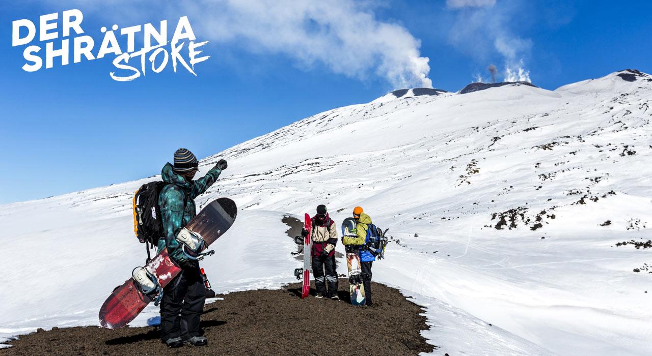 Das Abenteuer kann beginnen: Marco, Ethan und Simon starten ihren 1. Hike in Richtung Vulkankrater |©Roby Bragotto