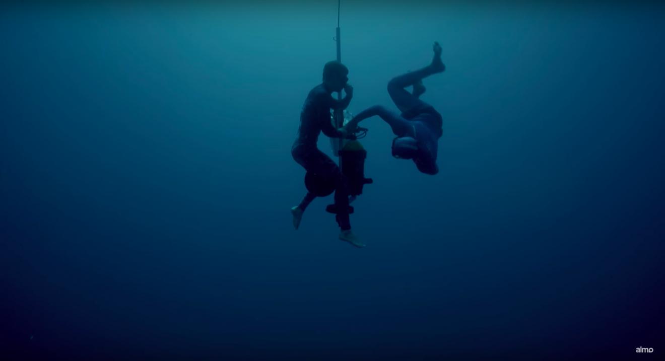 Mathieu beim Deep Diving-Training