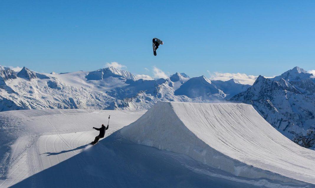 Prime-Snowboarding-Mans-Hedberg-Niklas-Mattsson-Hintertux-Last-Call-01