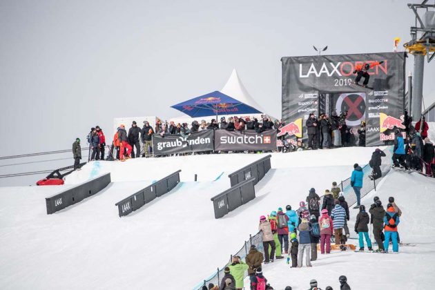 Nik Baden startet per Bomb Drop in seinen Run | Laax Open 2019