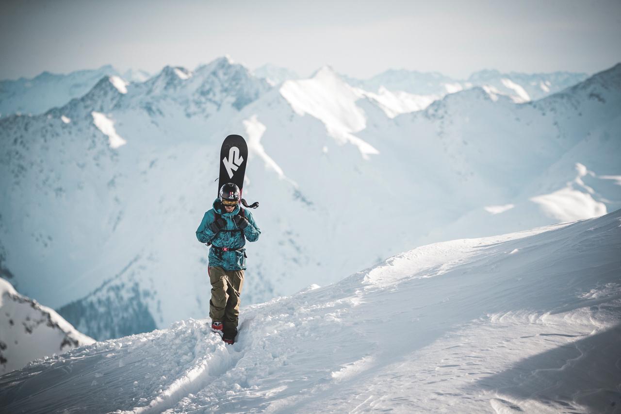 Bei schönstem Wetter und Neuschnee konnten die StartInnen zur Quellspitze aufsteigen |©Open Faces/Klaus Listl