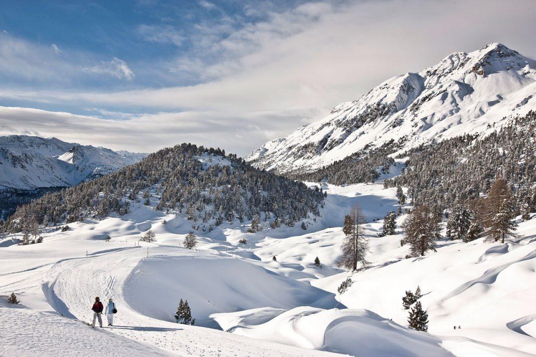 Prime-Snowboarding-Cause-we-Care-POW-01