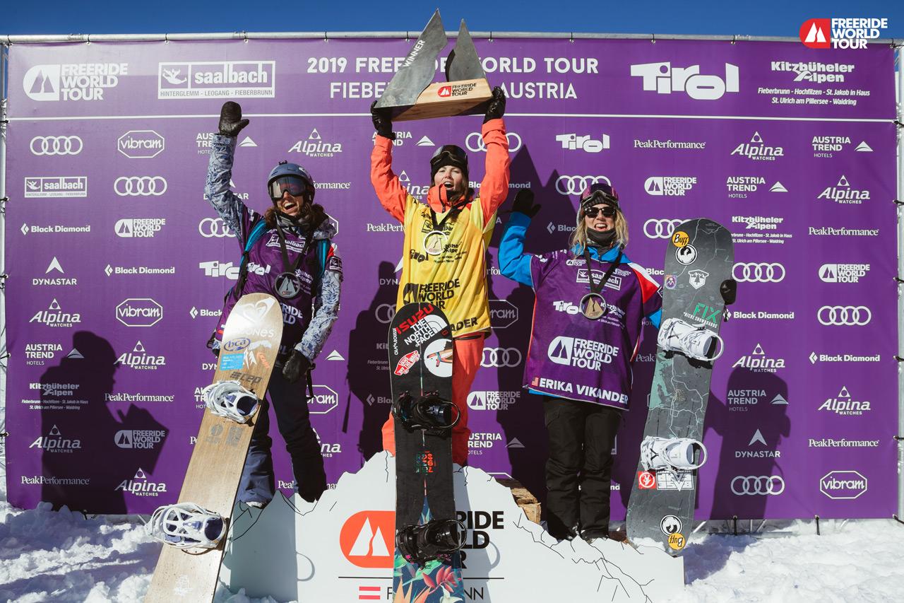Platz 2: Anna Orlova, RUS; Platz 1: Marion Haerty, FRA; Platz 3: Erika Vikander, USA | © J. Bernard